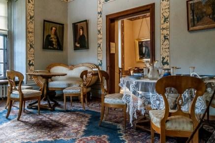 żywiec - muzeum miejskie stary zamek meble pokój