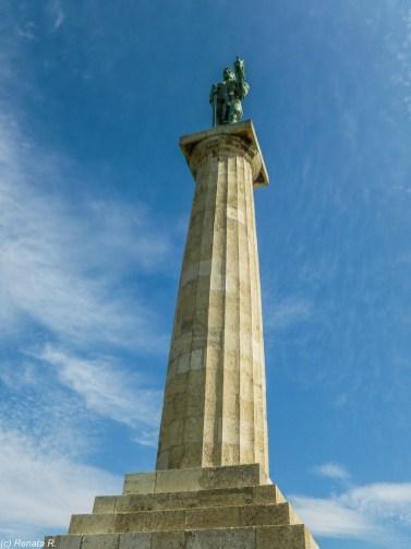 Pomnik alegorii wojny i pokoju belgrad
