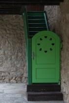 Klasztor Manasija drzwi z serduszkami