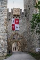 Klasztor Manasija brama wjazdowa okolice belgradu
