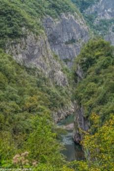 Kanion rzeki Moraca - granicy albanii i czarnogóry