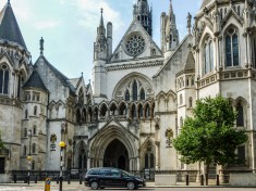 Londyn - Royal Courts of Justice