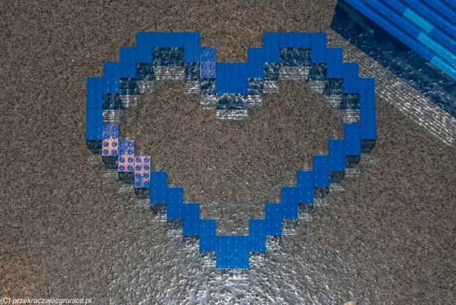lego w kształcie serca billund legoland