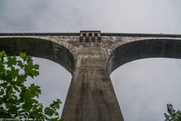 przęsło wiaduktu w kształcie litery t