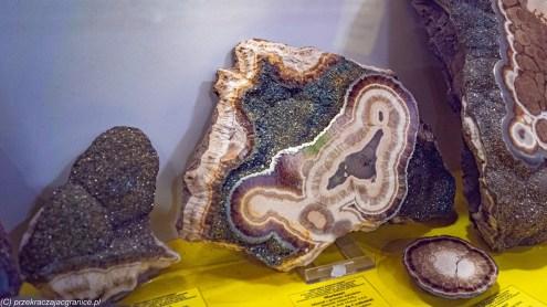 atrakcje karpacza - muzeum mineralogiczne szklarska poręba minerały