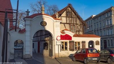 zamek książ - kościół pokoju w świdnicy brama i baroccafe