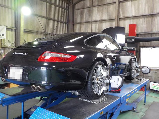 PORSCHE 911 CARRERA S 997型 タイヤ交換 四輪アライメント