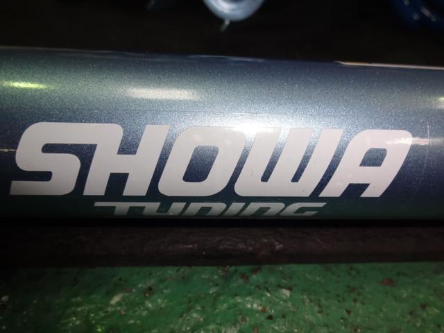 L880K コペン SHOWAサスキットに交換 ロアアーム スタビブッシュ