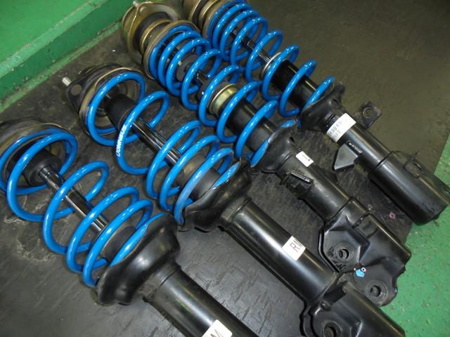 スバルR1 ダウンサス+ショック交換 ブレーキパット交換 スタビリンク 四輪アライメント