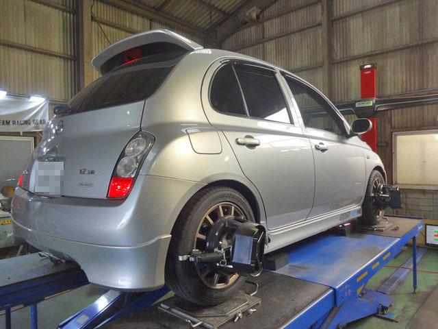 K12 マーチ 持ち込みタイヤ交換 四輪アライメント