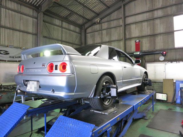 BNR32 スカイライン GT-R 四輪アライメント