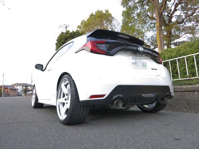 GXPA16 GRヤリス クスコの車高調に交換 四輪アライメント マフラー交換