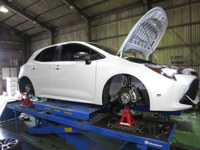 NRE210H カローラスポーツ RS-R ダウンサスに交換 四輪アライメント調整
