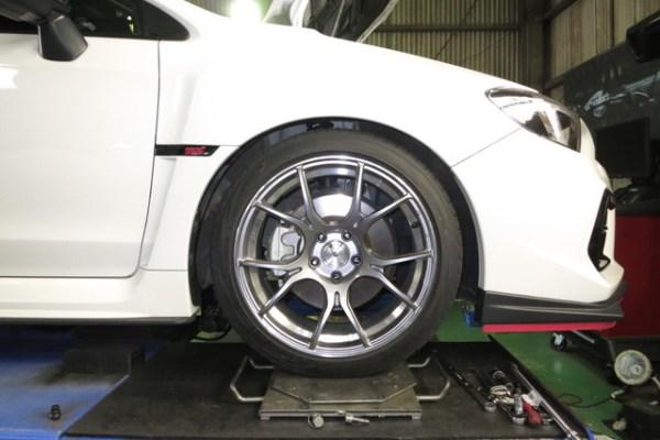VAG WRX S4 BLITZ ZZ-R DAMPER車高調 スタビリンク交換 四輪アライメント調整