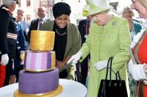 H.M. The Queen enjoying a birthday cake earlier today in Windsor, made by the Great British Bake Off champion Nadiya Hussain.