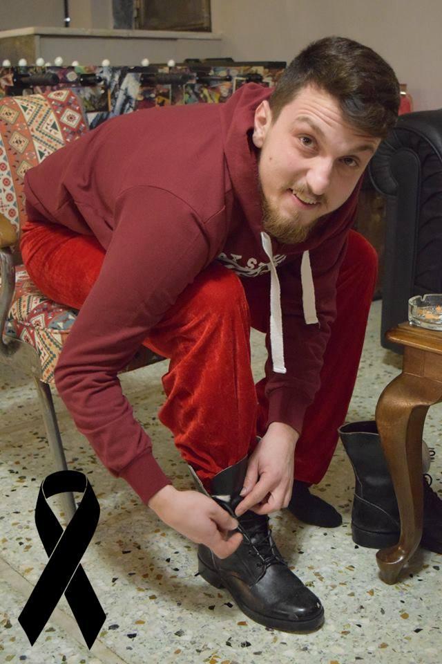 Θρήνος στην Αρτάκη για τον 27χρονο ηθοποιό Θοδωρή Λάφη.Έδινε παράσταση σήμερα το βράδυ.... 54518319 10156277514263041 5561219587250323456 n