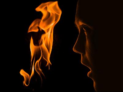 flam3a Create a Fiery Face Explosion