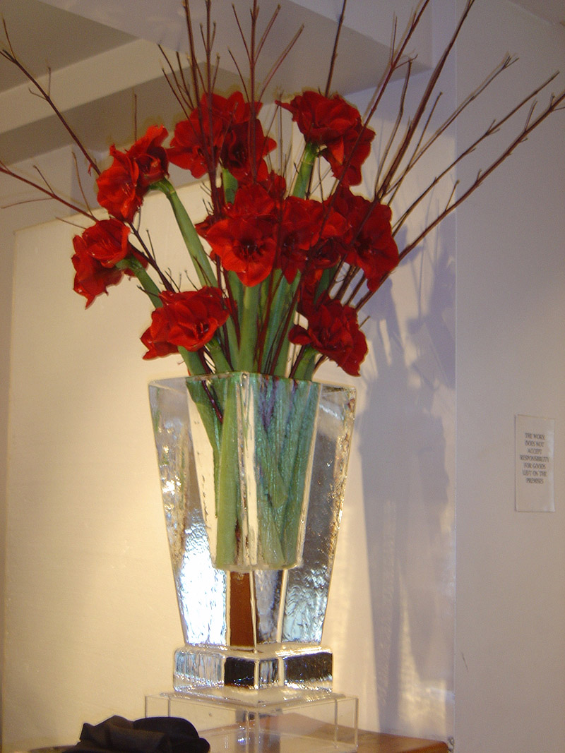 Ice Flower Vase - red