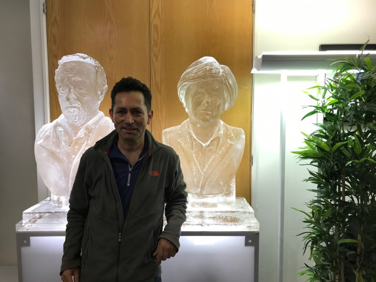 PERCY WITH POLITICAL ICE SCULPTURES