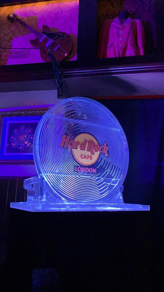 hard rock cafe vinyl ice sculpture luge