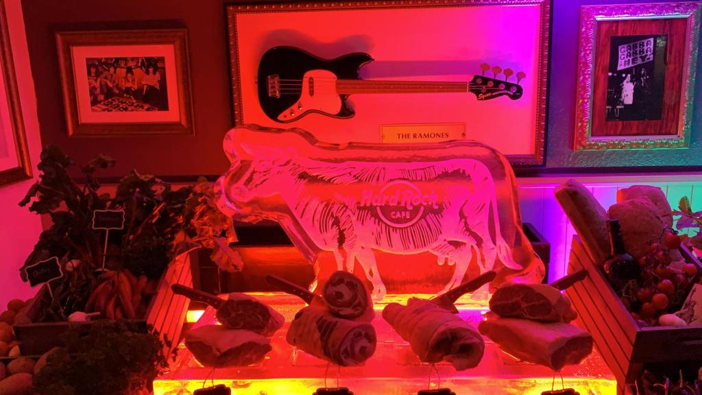 Hard Rock Cafe Meat Display Ice Sculptures