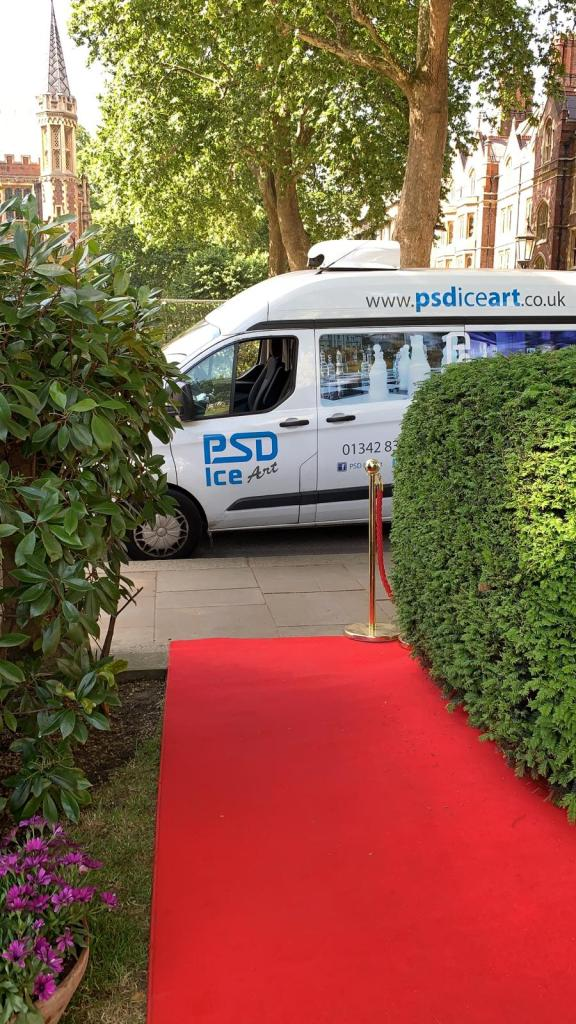 PSD Van red Carpet Lincolns Inn