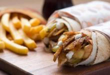 Photo of وجبة شاورما بـشيكل واحد والتوصيل مجانًا لكل محافظات غزة
