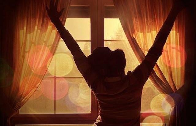 revolução, auto revolução, pessoa na janela, mudança, mudança de vida, atitude
