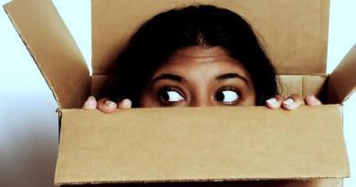 não sei o que fazer, medo, pensar fora da caixa, pessoa dentro da caixa