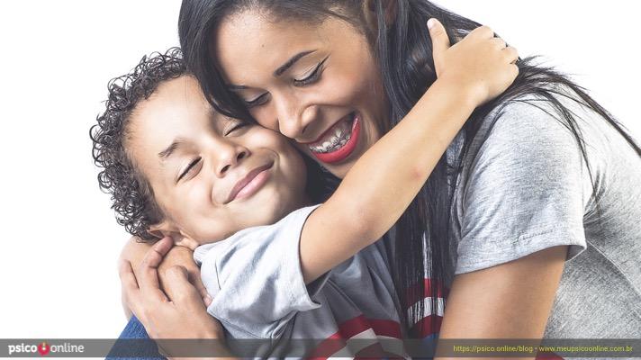 A hora de falar com o seu filho é agora • Psico.Online
