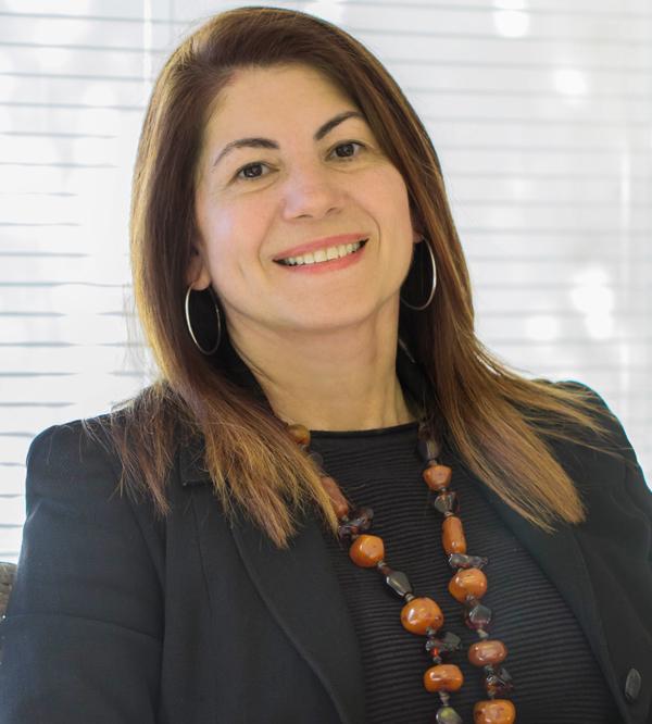 Dra. Glaucia Freitas
