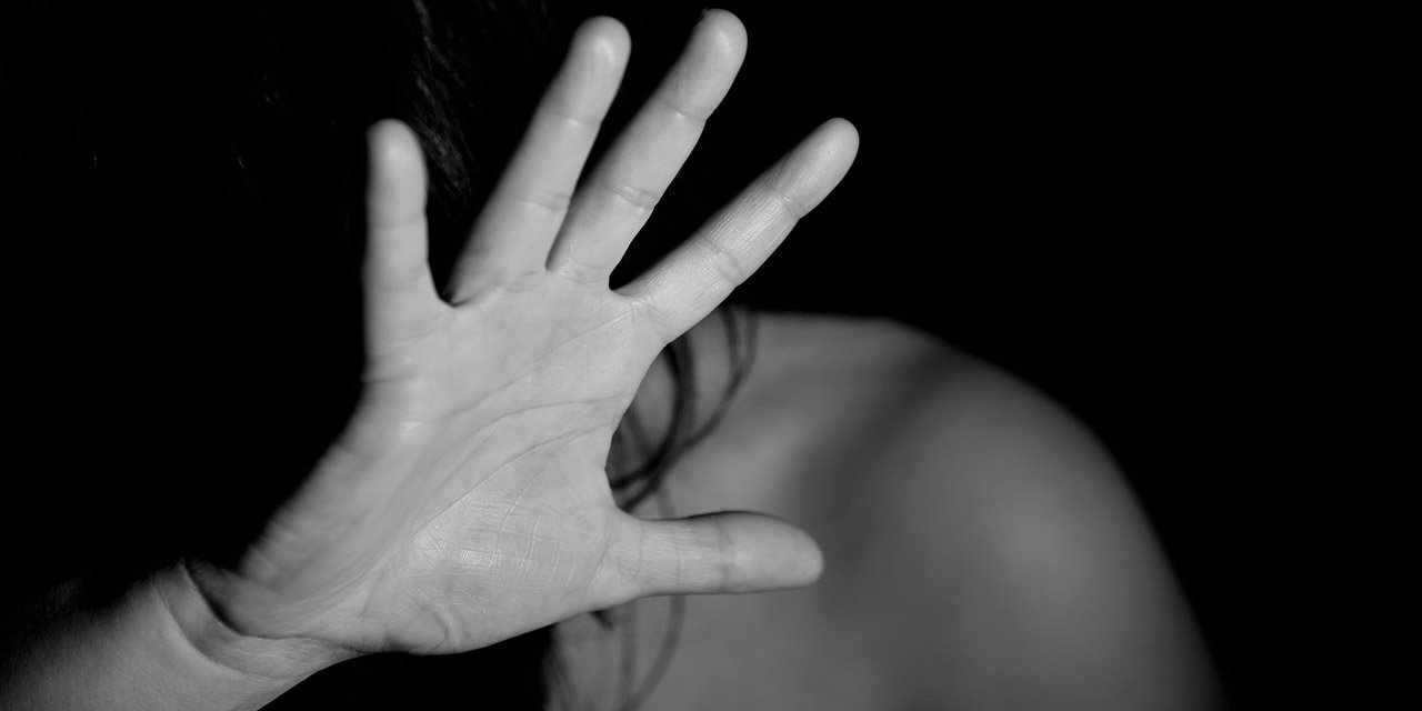 VIOLENCIA DE GÉNERO Y FEMINICIDIO