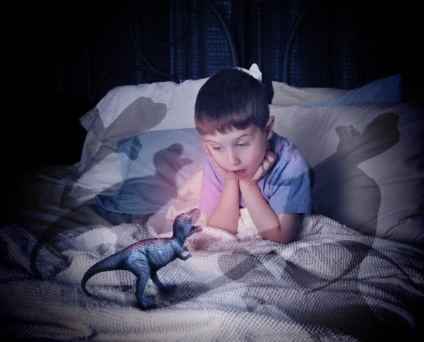 Как помочь ребенку избавиться от страха реальных и вымышленных животных?