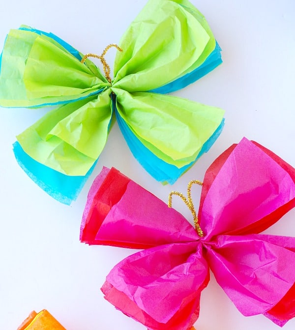 These Tissue Paper Butterflies From Val Event Gal Will Add Cheerful Colors To A Bulletin Board Little Girls Room Or Garden Party
