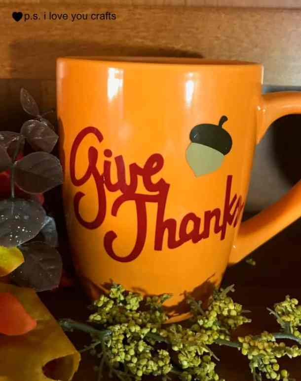 Make a beautiful set of DIY Fall Dishes with Expressions Vinyl and the Cricut Explore or Cricut Maker Machine. The mug, bowl, and plate are perfect for your Thanksgiving table or for fall home decor. #expressionsvinyl #cricutmaker #cricut