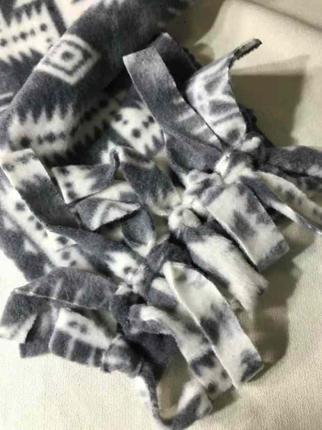 Make a No Sew DIY Fleece Scarf in 20 Minutes PS I Love