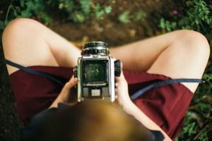 analog-camera-1845532_1920-1