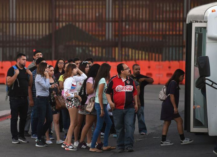 Thousands of 'Transborder' Students Commute to American Colleges From Mexico  Every Day - Pacific Standard