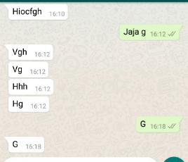 escribiendo en WhatsApp