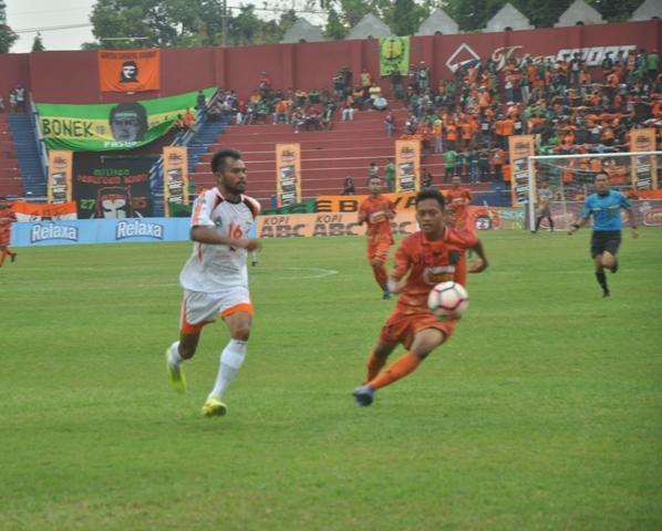 Persibo tampil lebih tajam dibanding Persekabpas dalam perebutan satu tiket final Liga 3 tersisa