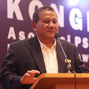 dr. Wardy Azhari Siagian