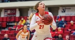 Women's basketball defeats Northwest Missouri, falls to Missouri Western