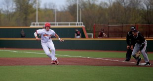 Baseball loses series against Central Missouri