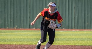 Softball falls to Central Missouri, defeats Lincoln