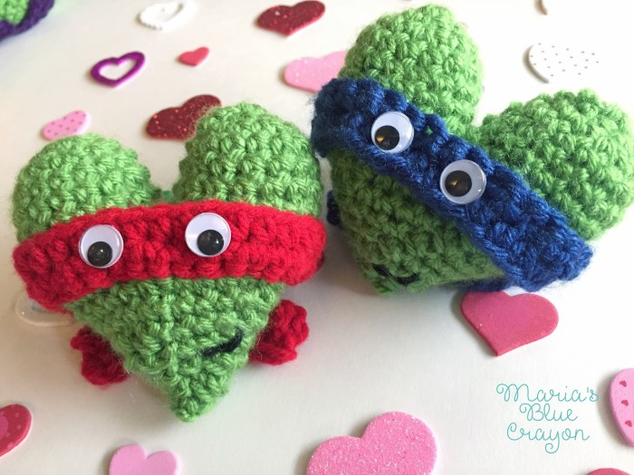 The Best Free Crochet Valentine Patterns - Psychedelic Doilies