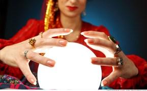 140728124622-psychics-stock-620xa