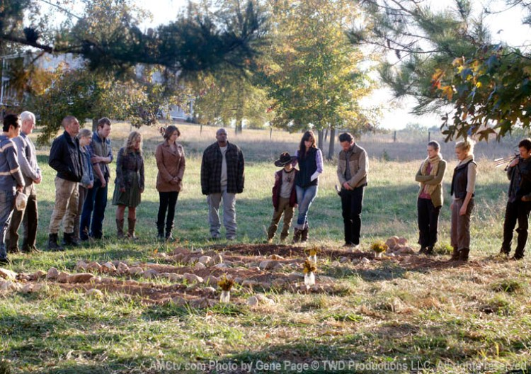 episode-12-group-funeral