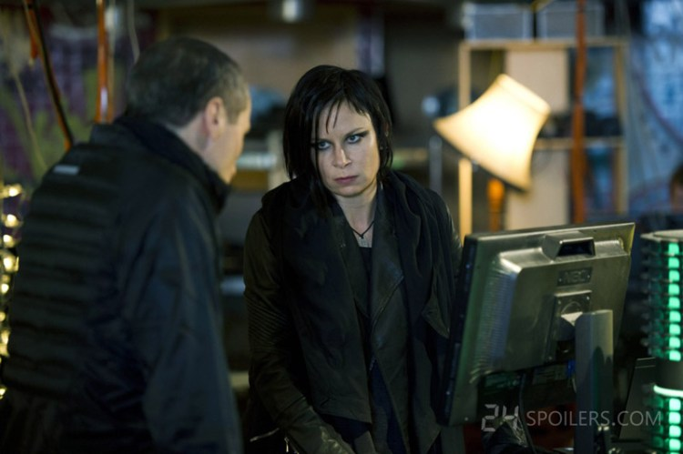 24-Live-Another-Day-Episode-3-chloe