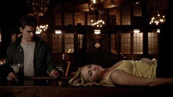 vampire-diaries-616-stefan-and-caroline-rippers