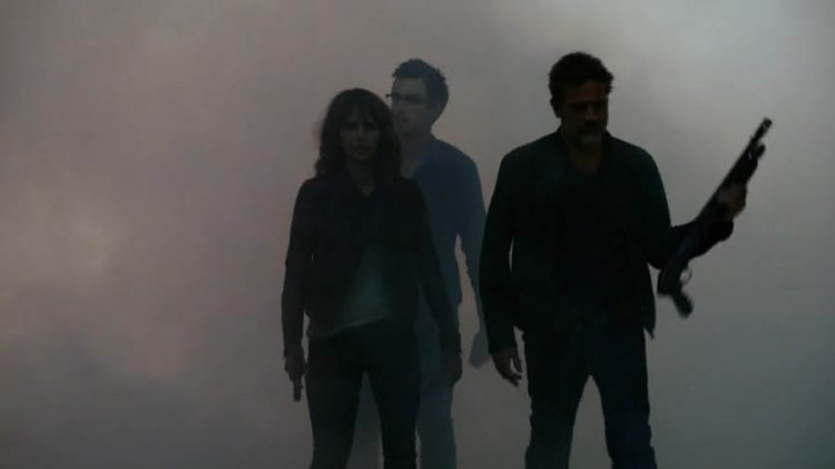 Extant-Season-2-Episode-12-stealth-attack
